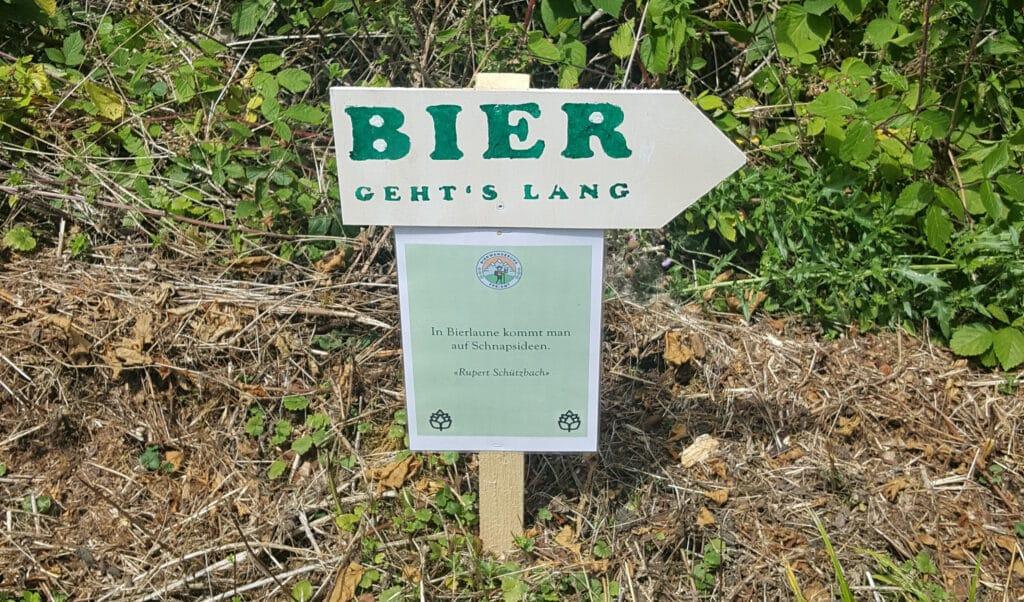 Bier geht's lang Beschilderung an der 1. Freiaemter Bierwanderung